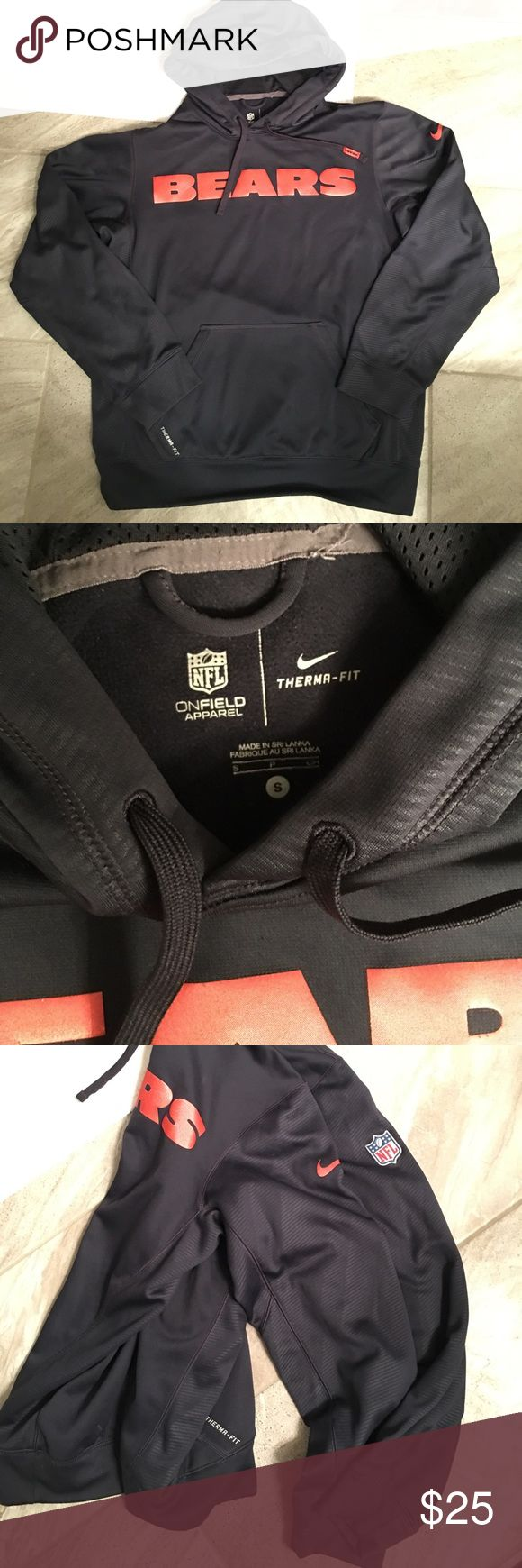 Nike Chicago Bears Hoodie Nike Chicago Bears Hoodie. Dri fit. Great condition. Men's Small Nike Shirts Sweatshirts & Hoodies