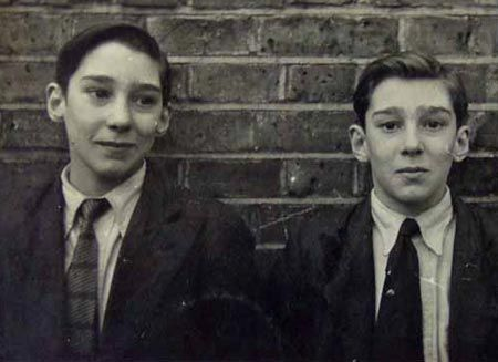 Young Kray twins