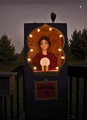 DIY Fortune Teller Booth. So clever. Moving boxes, balloon for crystal ball, tarot card download etc... #diy #crafts #tarot_cards #fortune_teller #halloween
