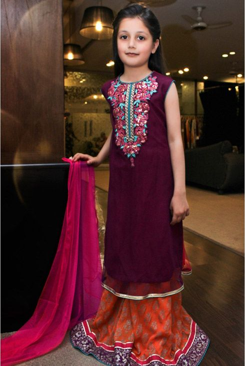 Pakrobe is one of the famous website in Pakistan and Indian dress collections. Right now Pakistani Dress collections for young girls are available in discount price with 100% shipping facility. Our designer and stitched professional are expert in measuring the dress size so just provide the basic information and get fitting dress at your doorstep.