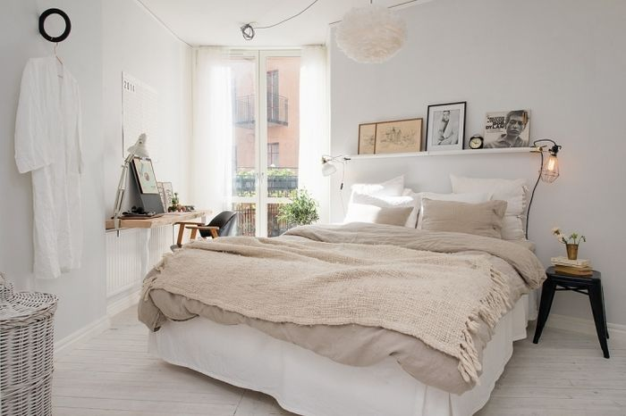 ナチュラルな質感で揃えられたファブリックやインテリアが、癒しを感じるお部屋に仕上げています。