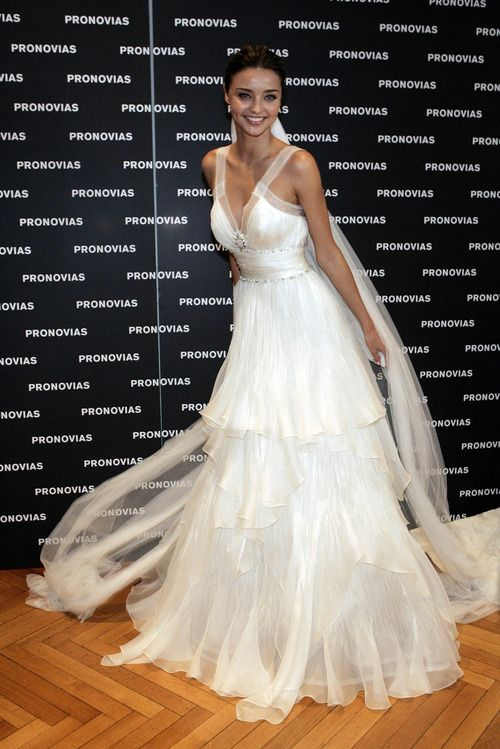 Miranda Kerr in #wedding #dress #bridal #fashion   Bridal ... Miranda Kerr Wedding