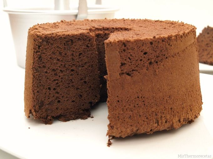 Chocolate angel food cake - MisThermorecetas