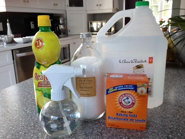 5 nettoyants naturels pour la maison: RECETTES MAISONS Nettoyant tout usage 1/2 tasse de vinaigre + 1/4 tasse de bicarbonade de soude + 1,8 l d'eau Nettoyant pour les vitres et miroirs  400 ml de vinaigre blanc + 100 ml d'eau + 5 gouttes d'huiles essentielles Assainisseurs d'air maison 2 1/2 tasses d'eau + 1 c. à table de zeste de citron + 1 c. à thé de cannelle (apporter à ébullition et laisser mijoter) OU Quelques gouttes d'huile essentielle + eau à vaporiser