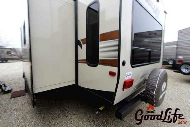 2016 New Keystone Bullet 269RLS Travel Trailer in Iowa IA.Recreational Vehicle, rv, 2016 Keystone Bullet , 269RLS Keystone Bullet for sale with 2 chairs, power awning, aluminum wheels, outside grill and more. For sale at Good Life R V in Iowa., Furniture: 2 Chairs, 78'' Interior Height, Booth Dinette, Corner Shower, Fabric covered box valances, Fiberglass Reinforced Flooring, Foot Flush Toilet, Full Blackout Window Treatments, Full Extension Drawer Glides w/Ball Bearings, Glazed Hardwood…