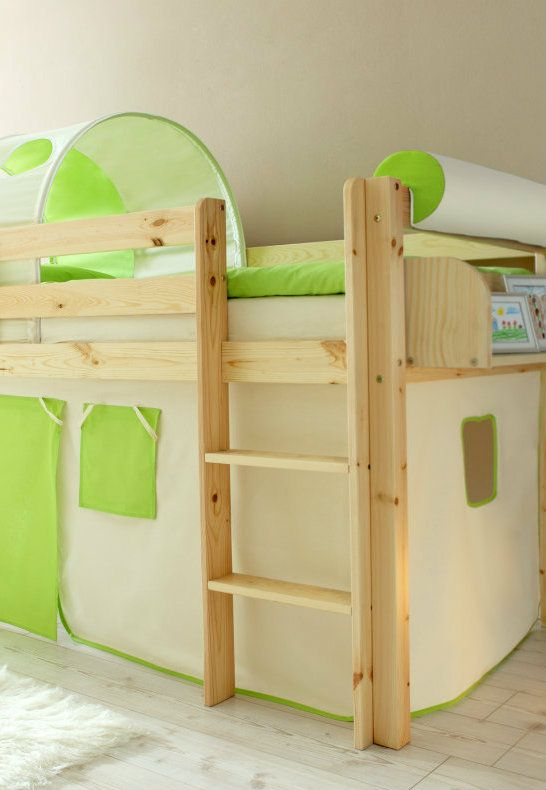 hochbett gr n mit vorhang 90 x 200 cm farben natur wei home kids pinterest. Black Bedroom Furniture Sets. Home Design Ideas