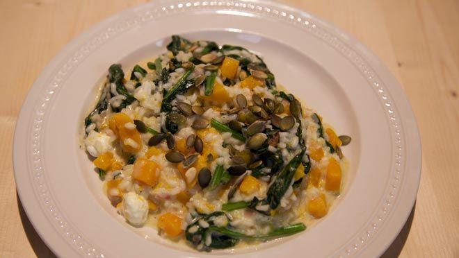Spinazie-pompoenrisotto met feta - recept | 24Kitchen