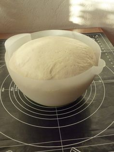 Pâte magique, pour tout faire, pain, pâte à pizza etc etc ....