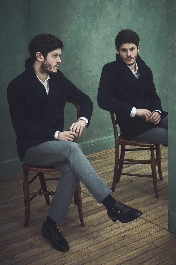 Iwan Rheon (@iwanrheon) | Twitter. I can't get over the fact that this actor seems to be a lovely person in real life.
