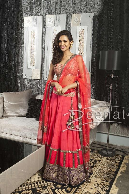 #Eshagupta-in #Manish Malhotra -Outfit-at-Masala-Awards-2013 (1)