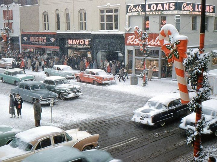 Christmas Eve Down Town Marion, Indiana 1958