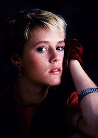 Mary Stuart Masterson: Her role in Some Kind of Wonderful was by far the BEST. I love this movie!