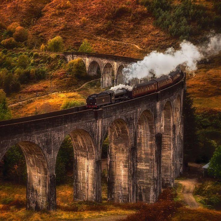 40.9K vind-ik-leuks, 166 reacties - EARTHOFFICIAL (@earthofficial) op Instagram: 'Hogwarts Express   Photography by © Rachel (@rachel_jones_ross) #earthofficial'