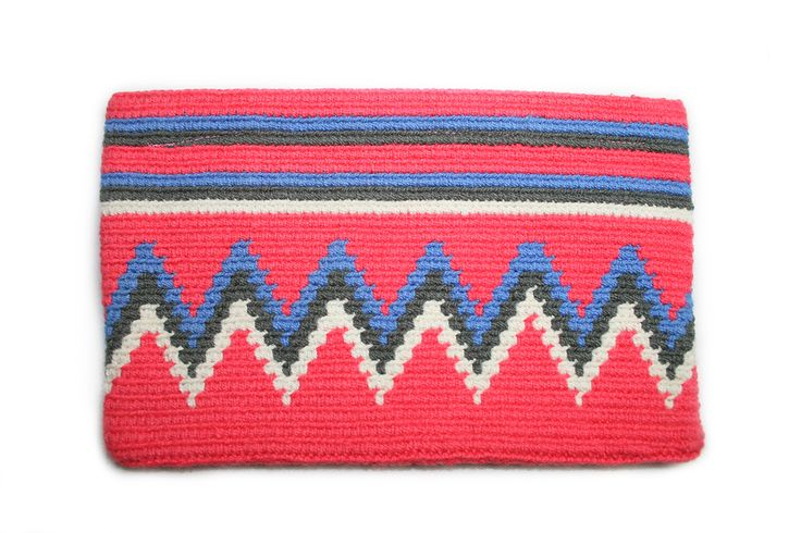 Beautiful pockets made by the wayuu tribes.