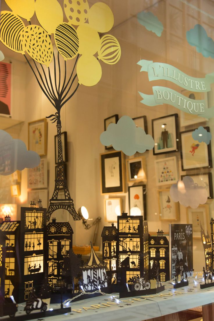 window display by French illustrator Hélène Druvert - Christmas 2014 - L' Illustre Boutique - Paris