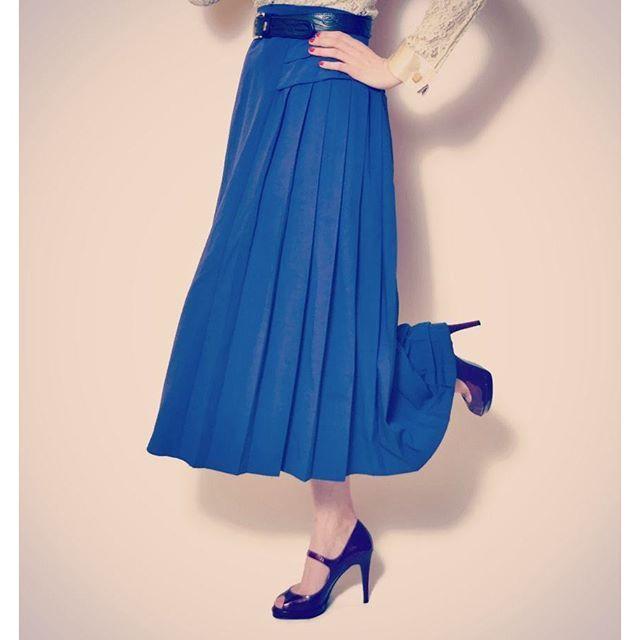 Retro pleated skirt #pleatedskirt #vintage