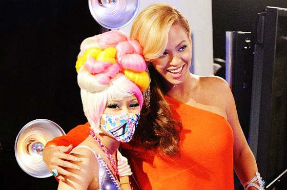 A Nicki Minaj And Beyonce Collaboration Is In The Works! #Beyonce #NickiMinaj #Anaconda #Flawless