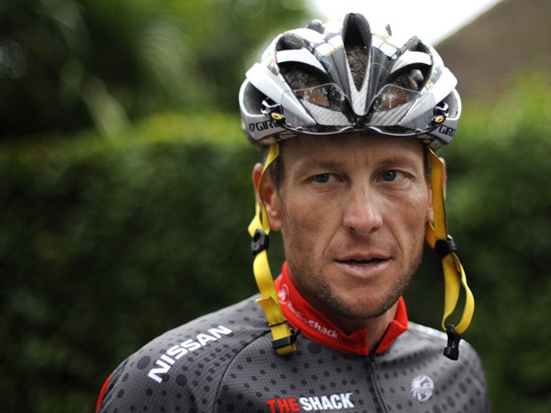 Tyler Hamilton says Lance Armstrong gave him blood booster