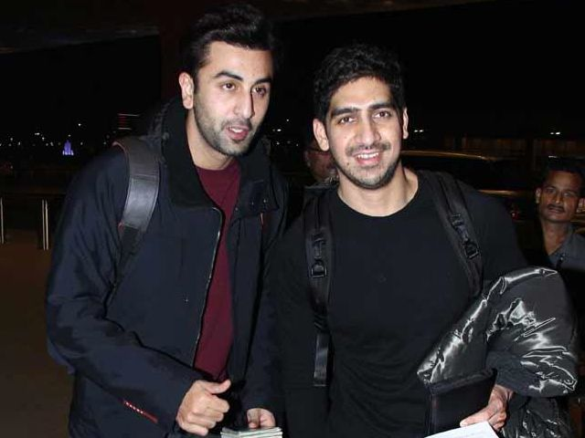 Ranbir Kapoor, Ayan Mukerji's new year destination http://www.ndtv.com/video/player/news/ranbir-kapoor-ayan-mukerji-s-new-year-destination/350379