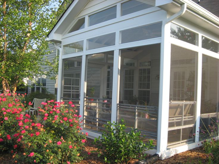 With eze breeze windows this screened in porch can act for Enclosed porches and sunrooms