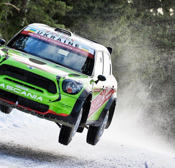"""@mini in action @rallysweden : @andrelavadinho #atworld"""