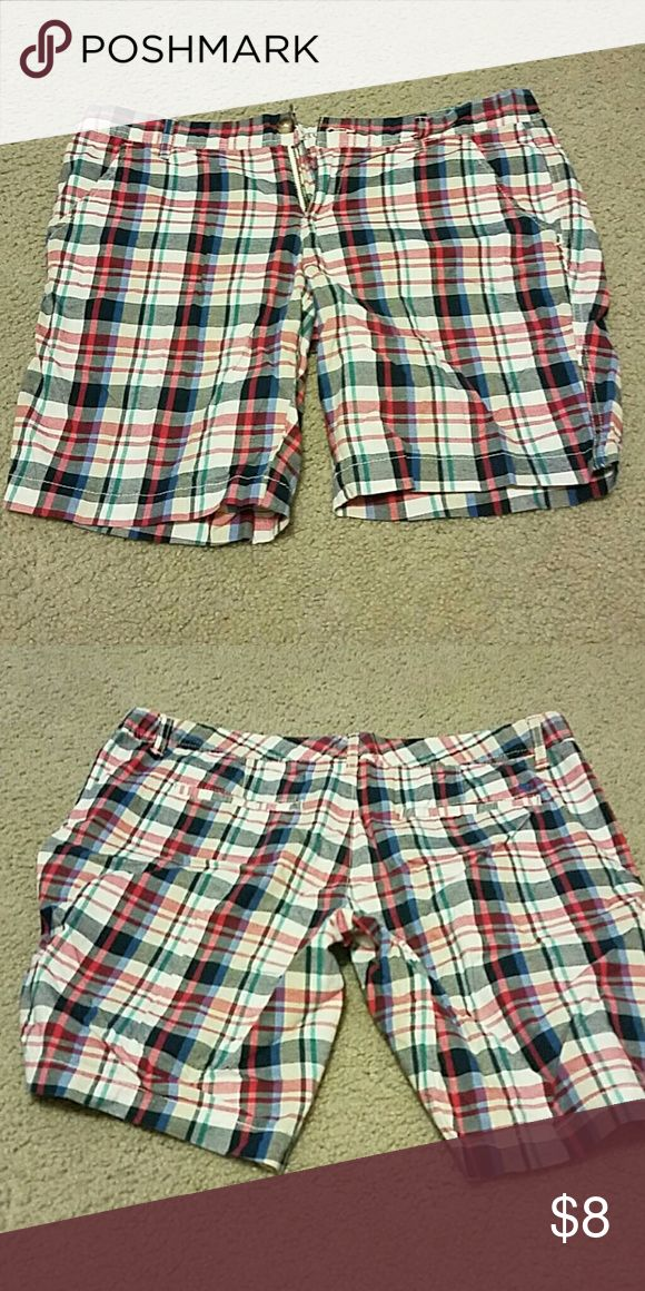 Plaid shorts Aeropastle plaid shorts 11/12 size very comfy Aeropostale Shorts Bermudas