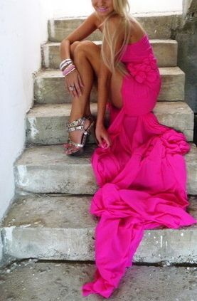 pink dress.love! but where do I actually find a dress like this??: Long Dresses, Pink Pink Pink, Fashion, Pink Dresses, Style, Colors, Pinkpinkpink, Hot Pink, The Dresses
