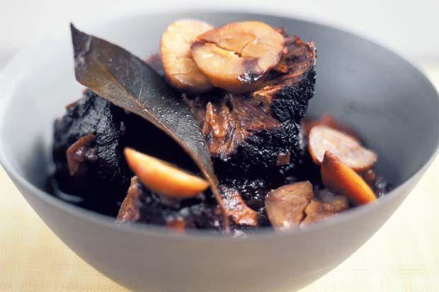 Cinghiale arrosto con castagne