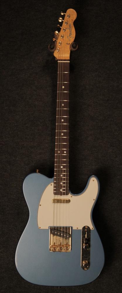 Fender Custom Shop 1964 Relic Telecaster in Lake Placid Blue - $3,960
