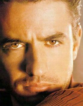 Dermot Mulroney - handsome..