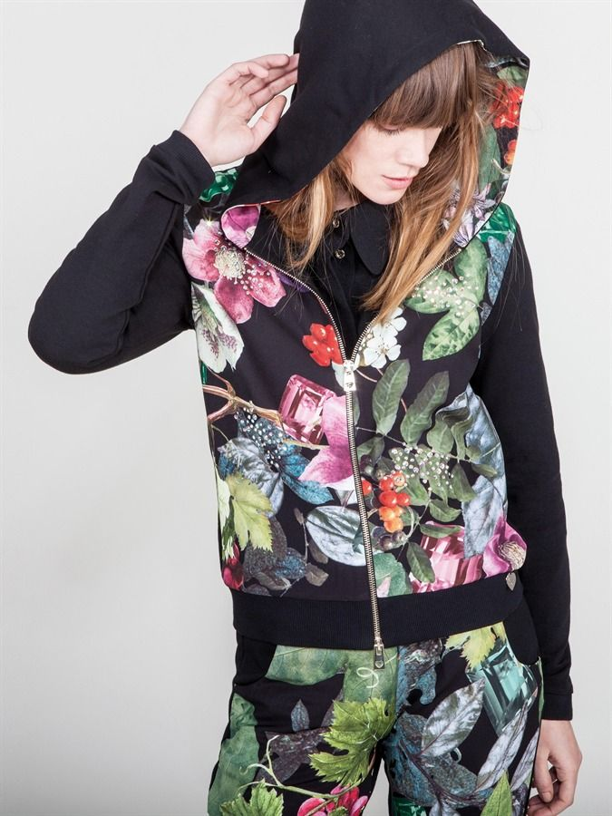 Naughty Dog FW1617 cardingan and pants with Autumn print fantasy