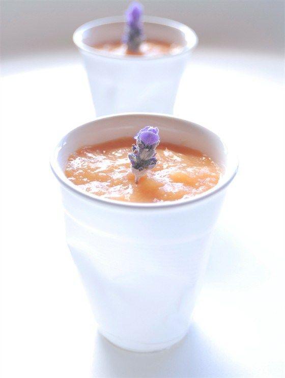 Манговый абрикосовый мусс с лавандой