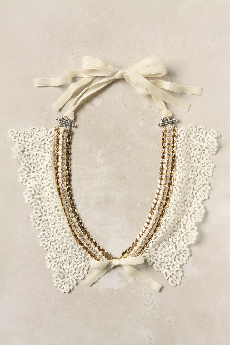 always wanted a faux collar necklace! especially those by valentino a few years ago