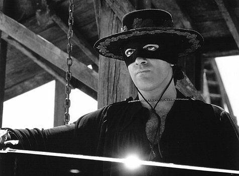 Antonio Banderas in The Mask of Zorro (1998)
