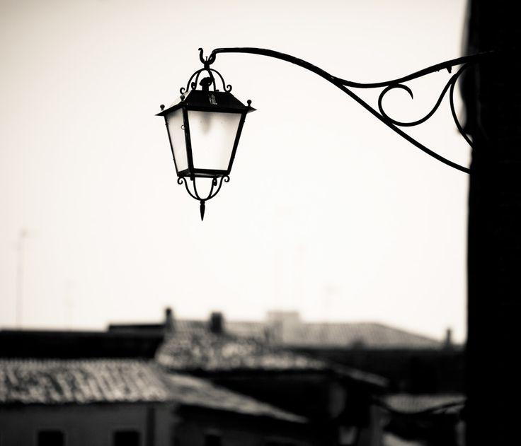 Il #bello del #paesaggio può essere quello #urbano http://www.manfrottoimaginemore.com/2015/06/12/7-consigli-per-fotografare-paesaggi-urbani/?lang=it#.VX6Ty-u6yAN