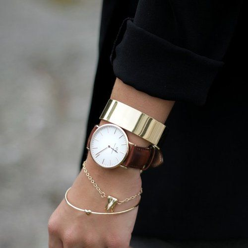 minimal write flOR #jewelry #watch