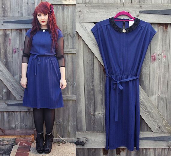 SALE // Blue Lace Peter Pan Collar and White Rose Vintage Dress, Size UK 12 US 8 - Midi Navy Day Dress 90's 80's St Michael A Line Smart