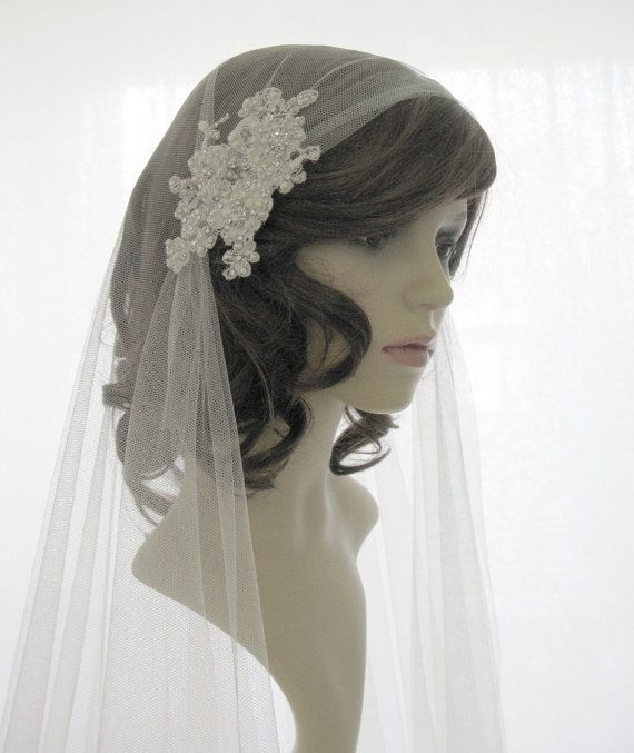 Sale item until the end of January 2014 - Couture bridal cap veil -1920s wedding  veil - Chantilly