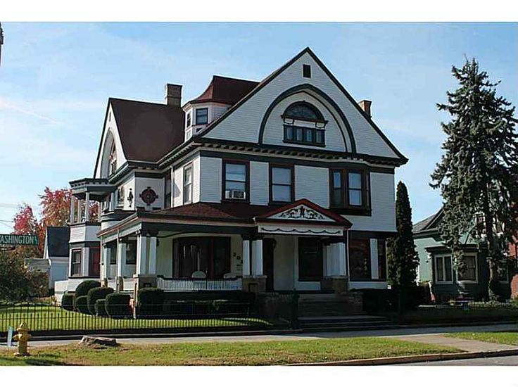 One of Shelbyville's finest historic charmer with many modern day conveniences! Over 7500 liv sq ft with17 rooms, very unique character, 10ft ceilings, handcrafted woodwork, 3 levels and a full basement over 2500 sq ft, & attached 22x26 heated garage. 3rd floor has beautiful hardwoods and was built as a ballroom with its own separate coat closet. There are even maid and butlers quarters. Own a piece of history where one of our Presidents spoke on the balcony! Too many rooms and features to…