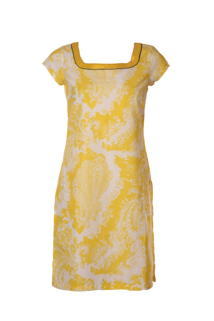 Yellow is color for all seasons.  W for Woman Spring/Summer Collection 2013.