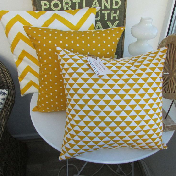 CUSHION COVER COTTON FABRICGEOMETRIC OCHRE YELLOW MUSTARD GOLD WHITE TRIANGLES X