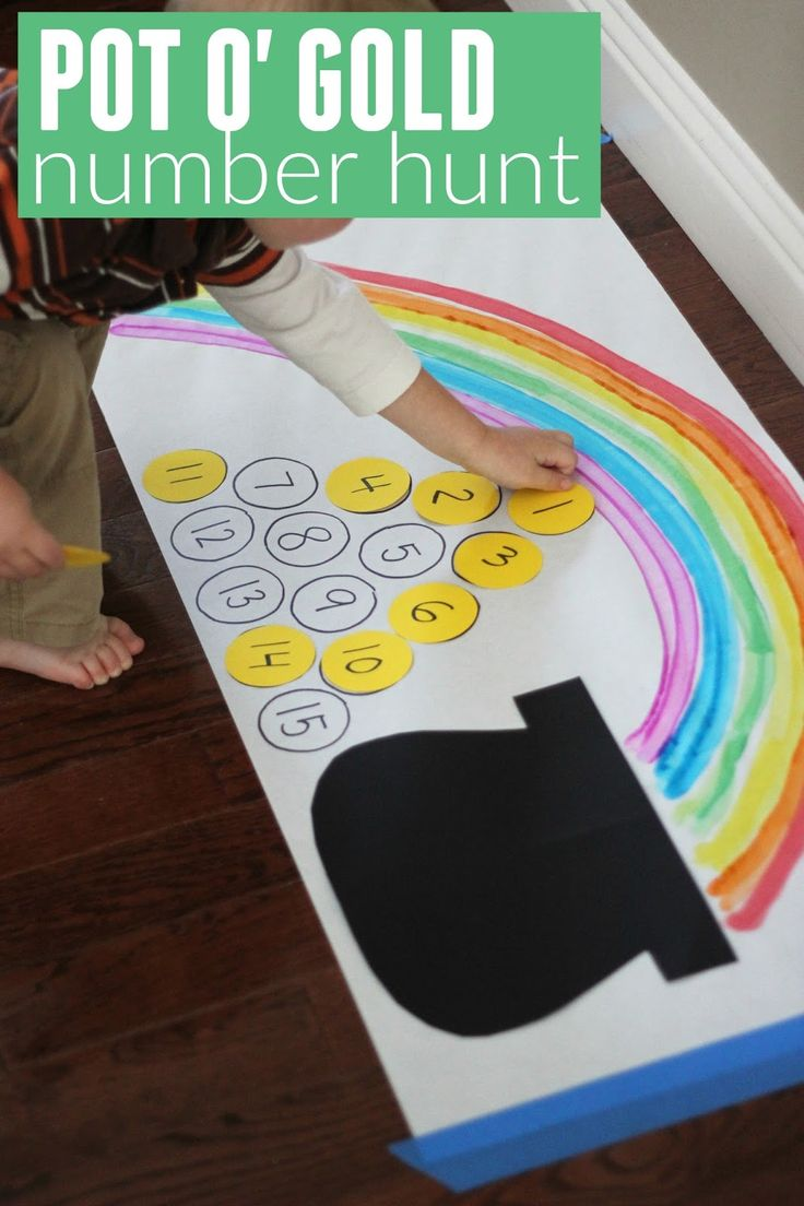 Nifty St. Patrick's Day center activity for little ones. Number matching.