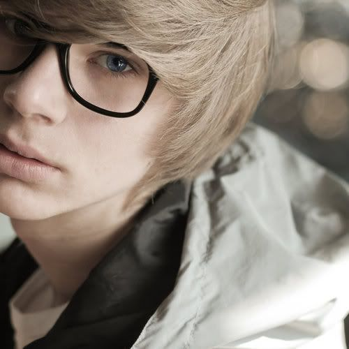 Picture vanessa blonde japanese boy