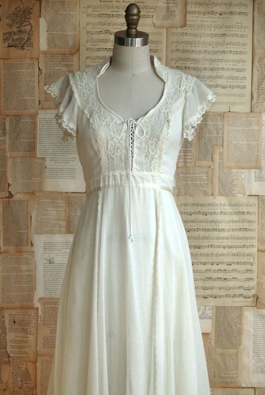 17 best images about classic gunne sax on pinterest for Gunne sax wedding dresses
