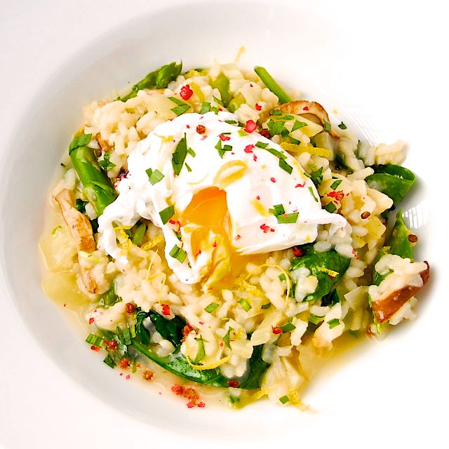 Spring Risotto with Poached Eggs | Healthy Food | Pinterest
