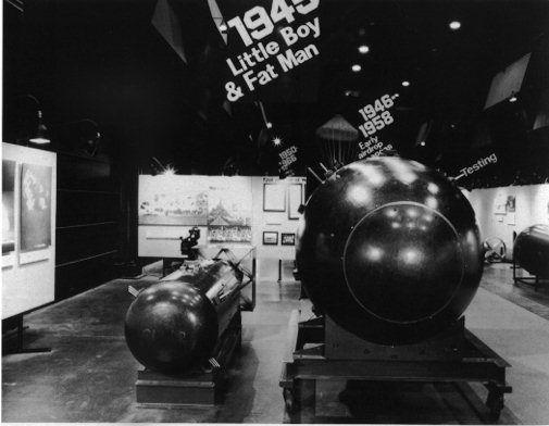 fat boy bomb | Little Boy and Fat Man (136 K)
