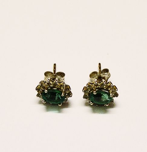 Cercei cu smaralde/Earrings with emeralds