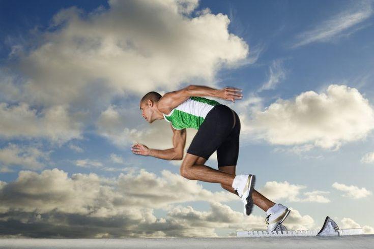 Cómo correr más rápido la carrera de 1500 metros. La carrera de 1500 metros, que es apenas por debajo de 1 milla, requiere tanto de velocidad como de resistencia de aquellos que la recorren con éxito. Desarrolla velocidad corriendo regularmente y utiliza métodos de entrenamiento que aumenten tu ...