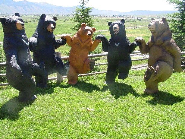...just plain AWESOME! (Johnathan the Bear Man.) http://www.jonathanbearman.com/bears2.htm