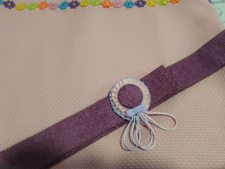 Broche para cinturon confeccionado por luisi